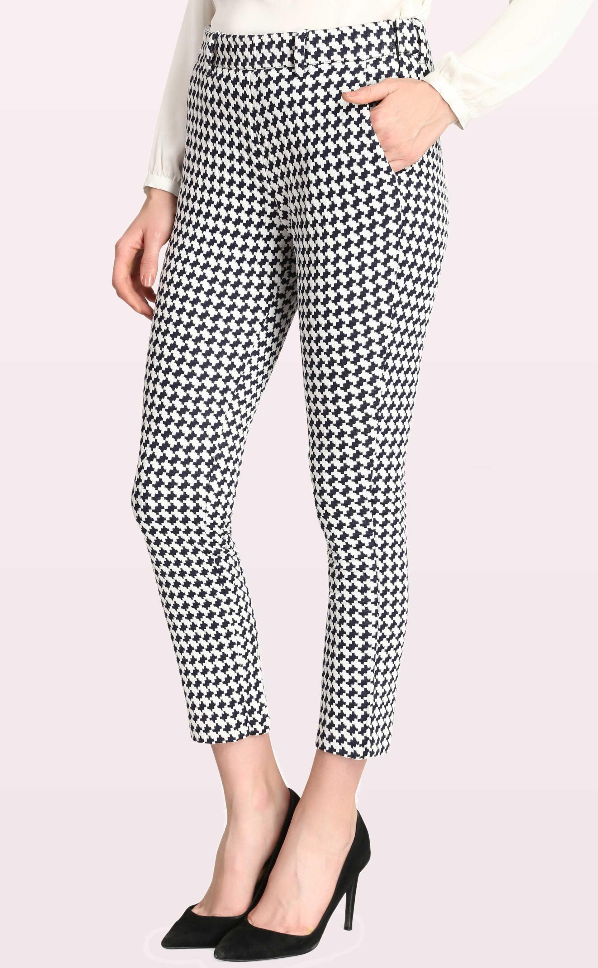 e45e7f7d649 ... notched crop pants for women